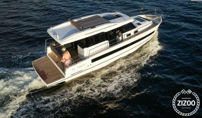 Motor boat Northman 1200 Elegance Flybridge (2020)