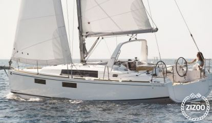 Sailboat Beneteau Oceanis 35.1 (2019)