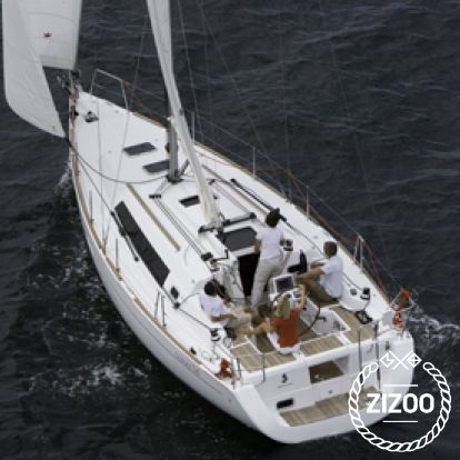 Sailboat Beneteau Oceanis 34 (2011)