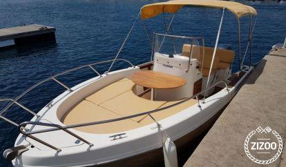 Motor boat Capelli Cap 20 (2008)