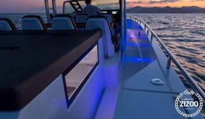 Motorboot Axopar T-Top Brabus Line (2020)