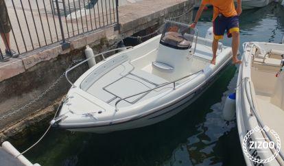 Speedboot Trimarchi 53s (2019)