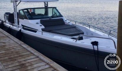 Speedboat Axopar 37 TT (2016)