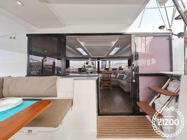 Catamaran Fountaine Pajot Saona 47 (2020)-2