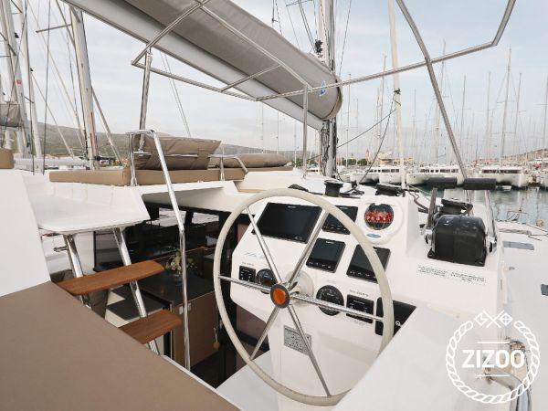 Catamaran Fountaine Pajot Saona 47 (2020)-3