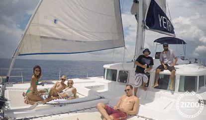 Catamaran Lagoon 44 (2013)