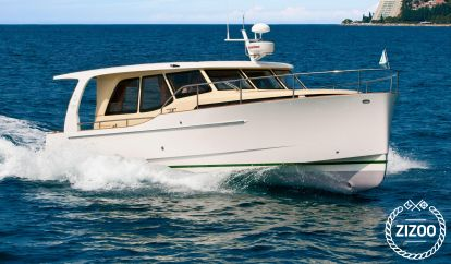 Motor boat Greenline 33 Hybrid (2011)