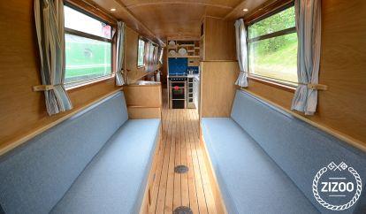 Motorboot Custom Built (2016)