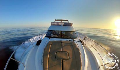 Barco a motor Jeanneau Prestige 500 (2015)