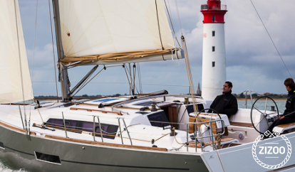 Sailboat Dufour 382 (2016)