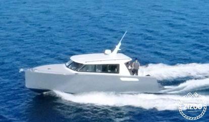 Barco a motor Colnago 35 Cabin (2020)