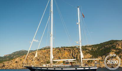 Sailboat Jongert Sedate Luxury Yacht (1982)