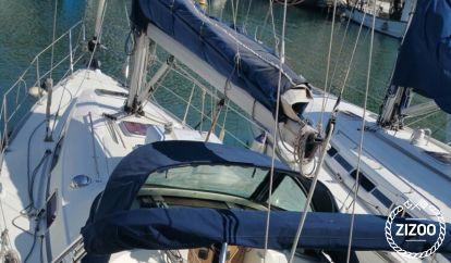 sailboat Bavaria Cruiser 35 (2009)