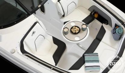 Speedboot Monterey M65 (2019)