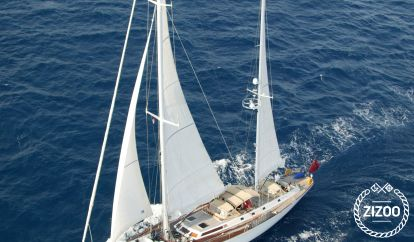 Sailboat Custom Built (1982)
