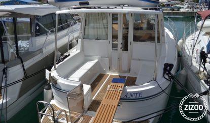 Barco a motor Sas Vektor Adria 1002 (2007)