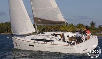 Sailboat Jeanneau Sun Odyssey 349 (2020)