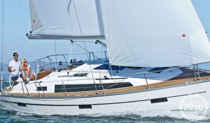 Sailboat Bavaria Cruiser 37 (2014)