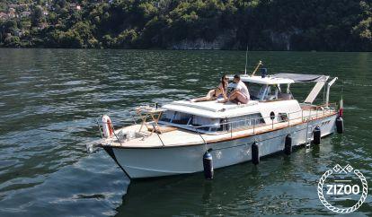 Motor boat Picchiotti Giglio (1961)