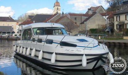 Barco a motor Nicols Sedan 1310 (2009)