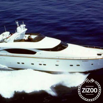 Barco a motor Maiora 24 (2003)